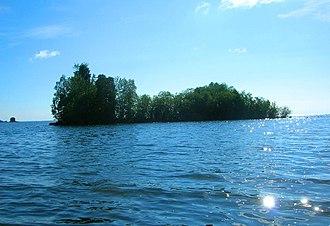 Lac La Ronge Provincial Park - Image: Lac la Ronge island