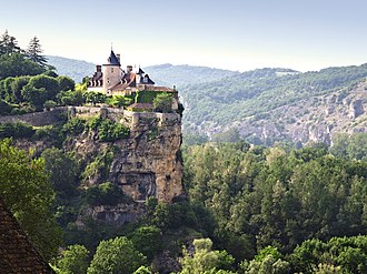 Lacave, Lot - The chateau in Lacave