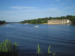Lake Hamilton AR-kmf.JPG