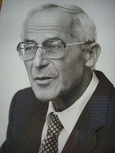 Helmut Lamparter