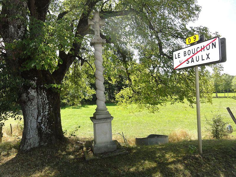 Le Bouchon-sur-Saulx (Meuse) croix de chemin, panneau sortie