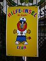 Leon Hilfeinsel für Kinder Vogelpark Viernheim 2012.JPG