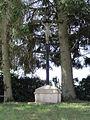 Les Autels (Aisne) croix de chemin.JPG