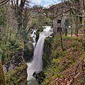 Les Planches-en-Montagne, la 1ère cascade des gorges de la Langouette.jpg