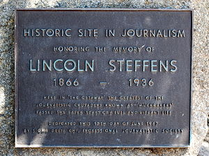 Lincoln Steffens - A marker commemorating Steffens' retirement home near the intersection of San Antonio and Ocean avenues in Carmel, California.