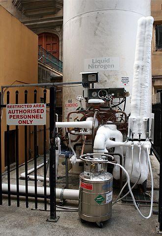 Liquid nitrogen - Filling a liquid nitrogen Dewar from a storage tank