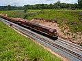 Locomotivas de comboio que passava sentido Guaianã pelo pátio da Estação Ferroviária de Salto - Variante Boa Vista-Guaianã km 211 - panoramio.jpg