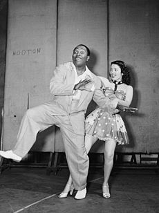 Louis Jordan, New York, N.Y., ca. July 1946 (William P. Gottlieb 04741).jpg
