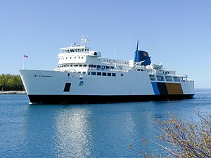 M.S. Chi-Cheemaun ferry at South Baymouth.jpg