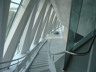 Mercedes-Benz Museum - Staircase along a gallery
