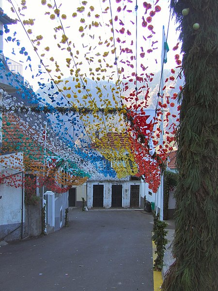 File:Madeira - Curral das Freiras Village (11913027533).jpg