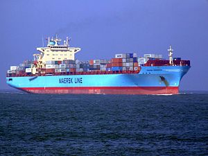 Maersk Greenock IMO 9298686 approaching Port of Rotterdam, Holland 08-Apr-2007.jpg
