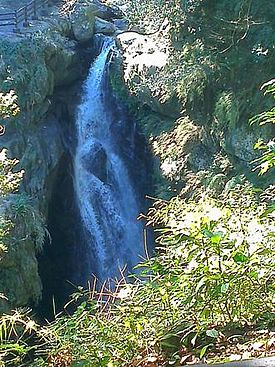 Man Yue Yuan Waterfall.JPG