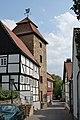 Menden-20070426 088-DSC 6779-Gasse-hinter-St-Vincenz.jpg