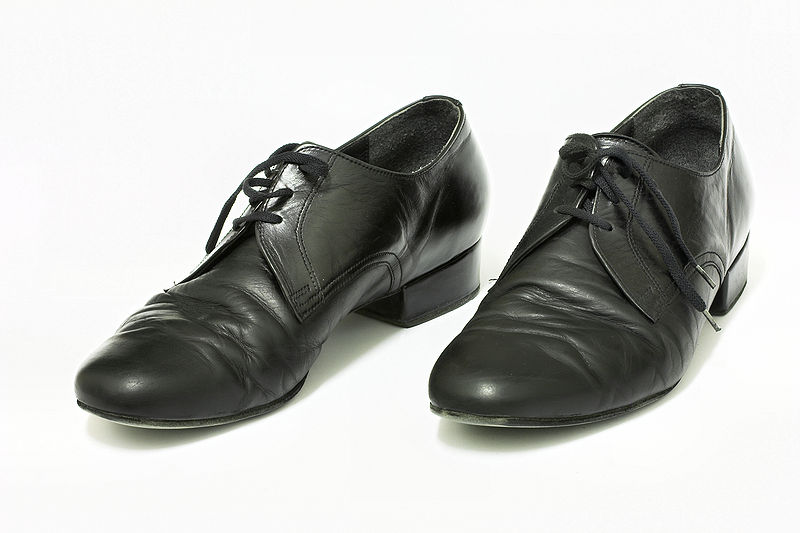 Ballroom Dance Shoes Straight Vs Diagonal