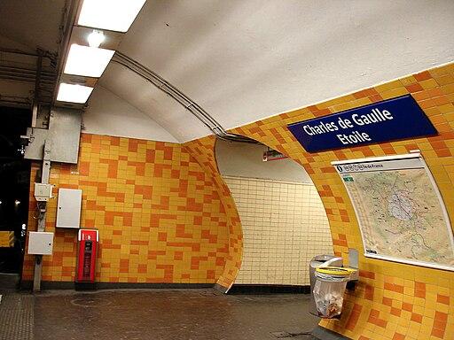 Metro de Paris - Ligne 2 - Charles de Gaulle - Etoile 06