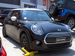 Mini Hatch 3