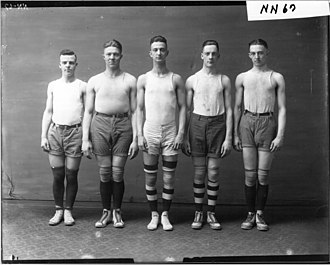 Earl Blaik - Miami University basketball team in 1917, Blaik is second from the right.