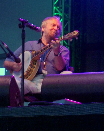 The banjo being played by Mick Moloney MickMoloney.JPG