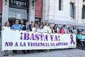 Minuto de silencio por el asesinato de una vecina de Madrid, víctima de la violencia de género 03.jpg