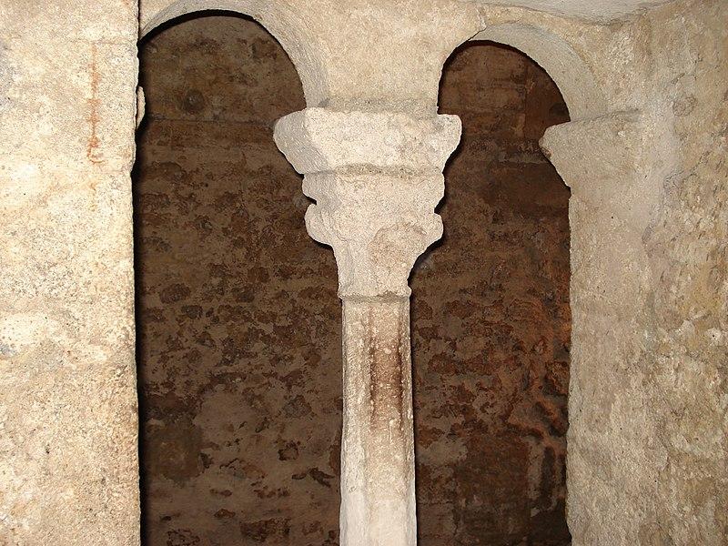 File:Montpellier Mikveh fenetre.JPG