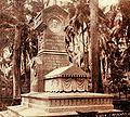 Monument Pel.jpg