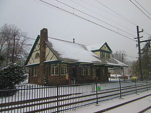 Mountain Avenue station - The station depot at Mountain Avenue, constructed by the Erie Railroad.