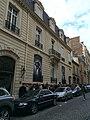 Musée Yves Saint Laurent Avenue Marceau Paris 16 - Vue3.jpg