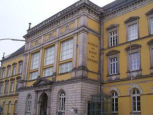 Museum für Kunst und Gewerbe Hamburg - Image: Museumfuerkunstundge werbehamburg lot