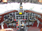 N34---Douglas-DC3-Cockpit
