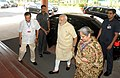"Narendra Modi arrives at ""Joint Conference of Chief Ministers of States and the Chief Justices of the High Courts"", in New Delhi. The Union Minister for Law & Justice, Shri D.V. Sadananda Gowda is also seen.jpg"