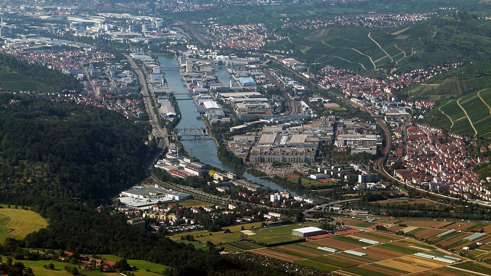 Neckar bei Hedelfingen und Obertürkheim