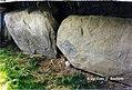 Newgrange -IRL, 1997-, Brú na Bóinne i grandi tumuli del Neolitico. (18265526173).jpg