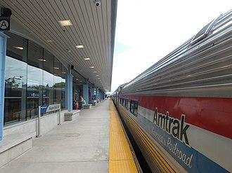 Niagara Falls station (New York) - Platform at the Niagara Falls station