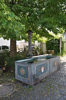 Wasserauslauf Brunnen.Gusseiserne Brunnen Im Taunus Wikipedia