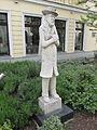 Nikolaiviertel Heinrich Zille statue (Stegmann 1969).jpg