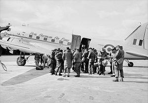 No. 30 Transport Unit RAAF - Image: No. 30 Unit RAAF Dakota 1952 (AWM JK0621)