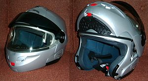 Motorcycle helmet - Modular (flip-up) helmet, closed and open