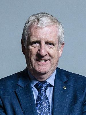 Douglas Chapman (Scottish politician) - Image: Official portrait of Douglas Chapman crop 2