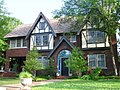 Oklahoma City - Heritage Hills, 900 Nw 15th St. -built 1924, 2,808 sqft - panoramio.jpg