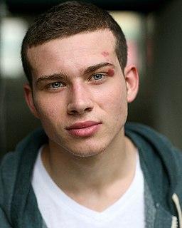 Oliver Stark British actor (born 1991)