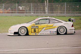 Class 1 Touring Cars - Image: Opel Calibra V6 DTM
