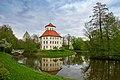 Oppenweiler - Wasserschloss - Ansicht von SSW über den See.jpg