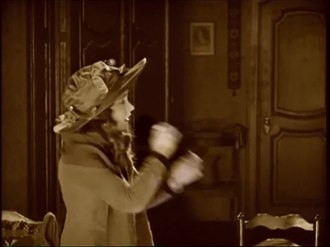 קובץ:Orphans of the Storm (1921).webm