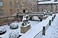 Před zámkem v zimě - panoramio.jpg