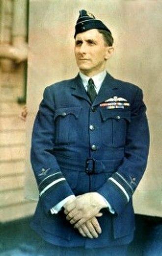 George Jones (RAAF officer) - Air Vice-Marshal George Jones, 1942