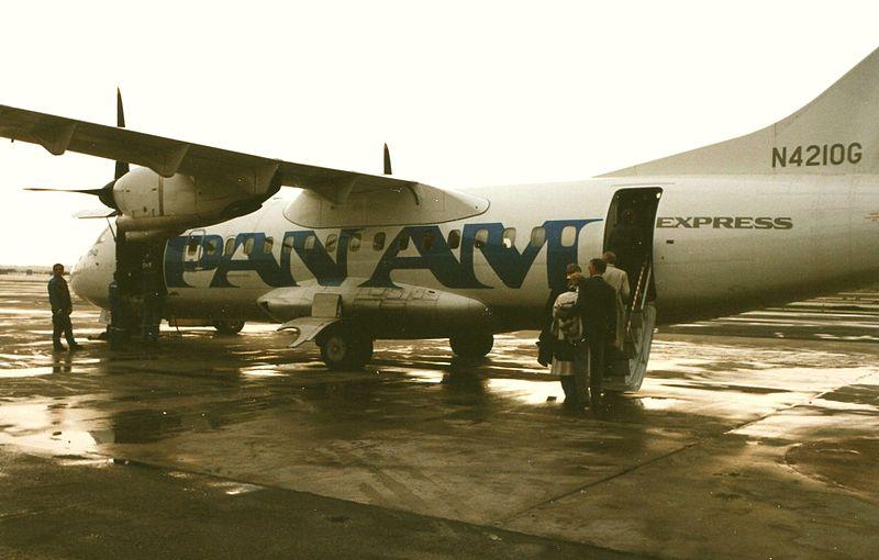 File:PAN AM Express 1989.jpg