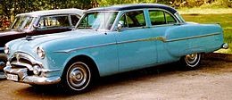 Packard Clipper 4-Door Sedan 1953.jpg