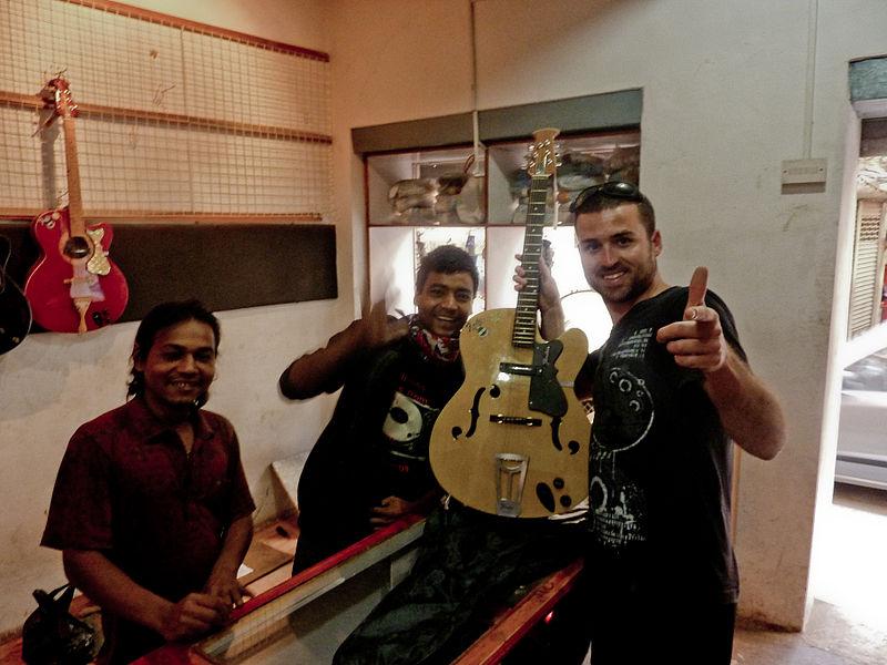 File:Paddy K buying guitar, Kathmandu 2009.jpg