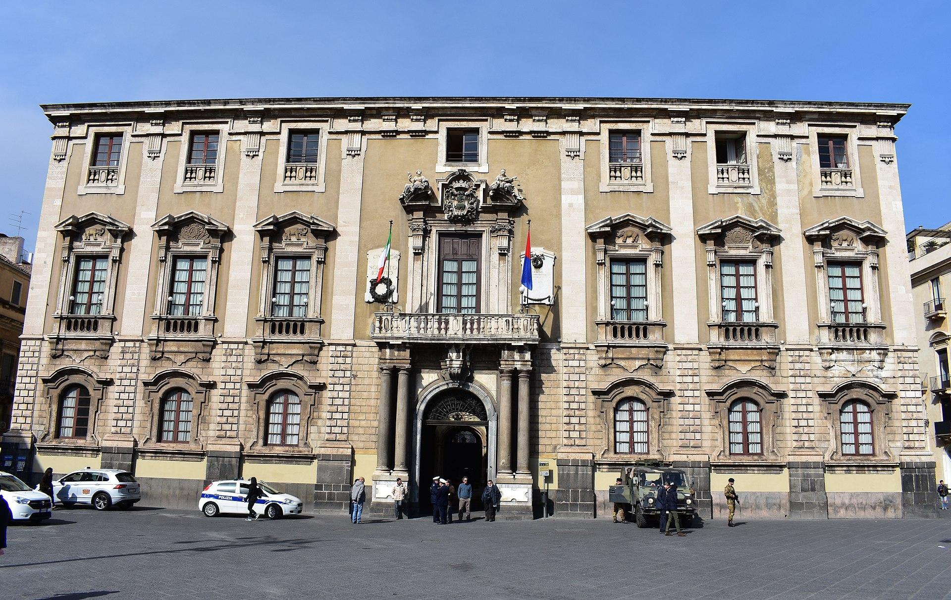 Palazzo-degli-Elefanti.jpg